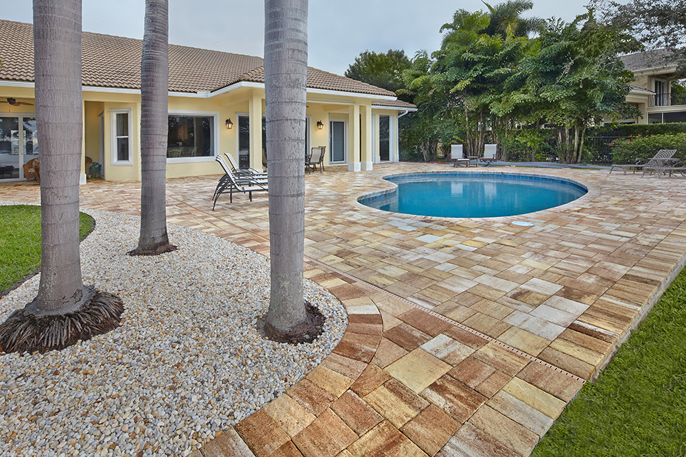 Apex pavers pools residential and commercial pools in - Installing pavers around swimming pool ...